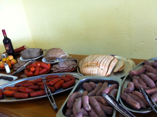 Butifarrones, sobrasada, camaiot y pan artesano