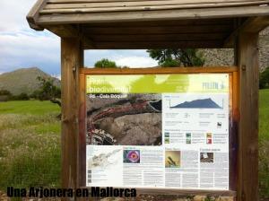 Cartel informativo del Valle de Bóquer